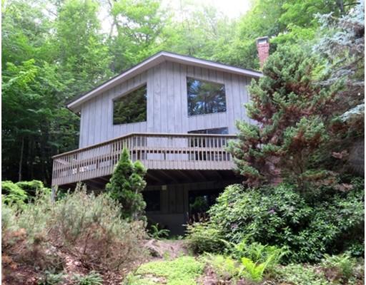 独户住宅 为 销售 在 332 Lake Shore Drive Sandisfield, 马萨诸塞州 01255 美国