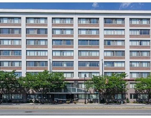 $600,000 - 2Br/2Ba -  for Sale in Cambridge