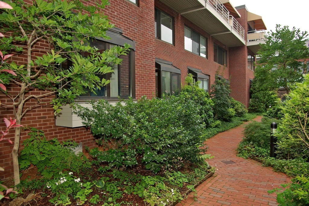 - 3Br/3Ba -  for Sale in Boston