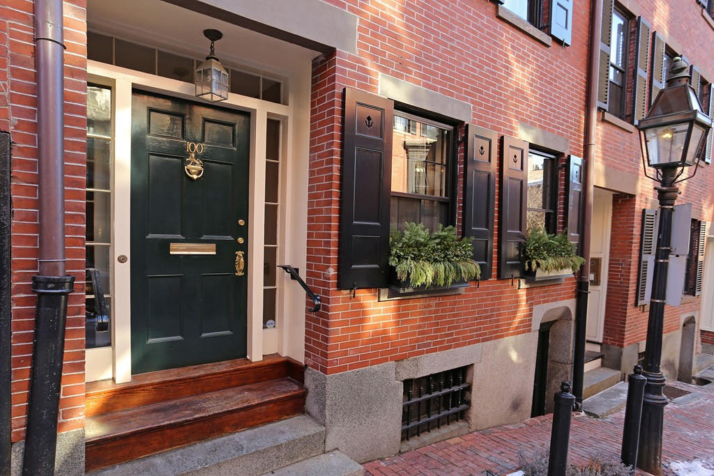 $2,325,000 - 4Br/3Ba -  for Sale in Boston