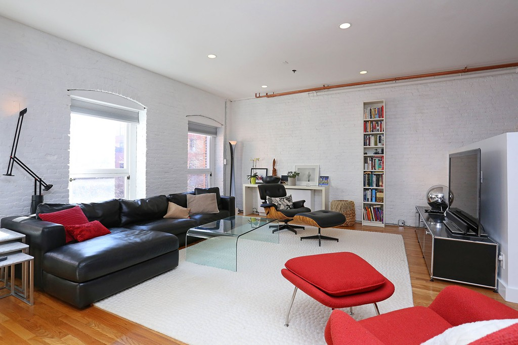 $2,300,000 - 3Br/4Ba -  for Sale in Boston
