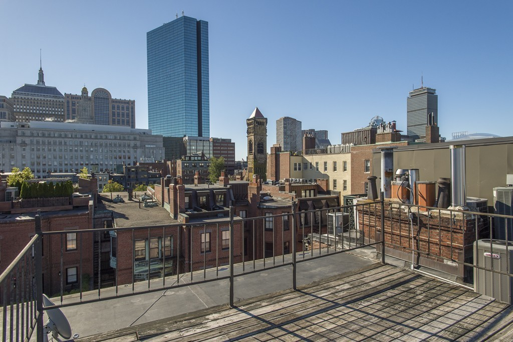 $1,800,000 - 2Br/2Ba -  for Sale in Boston