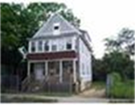 249 Quincy St, Springfield, MA 01109