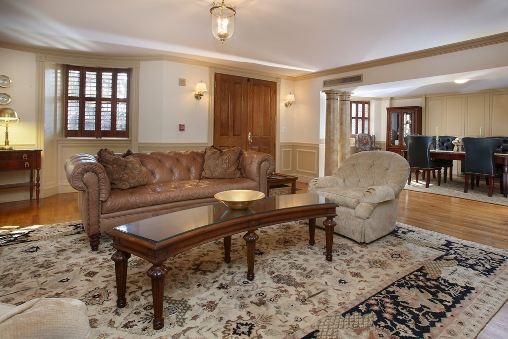 $2,195,000 - 2Br/3Ba -  for Sale in Boston