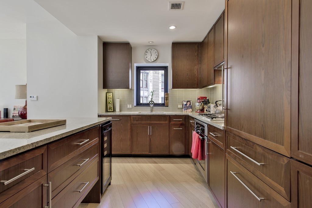$2,159,000 - 3Br/2Ba -  for Sale in Boston