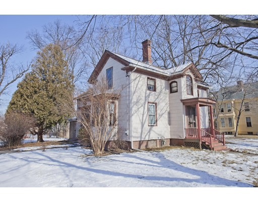 25  Gaylord St,  Chicopee, MA