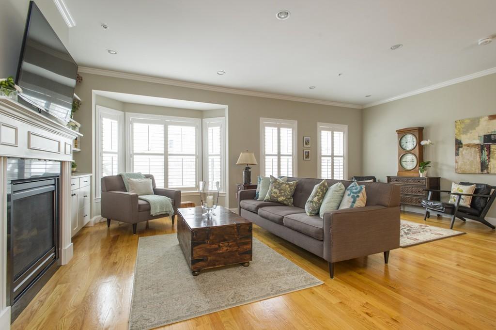 $989,000 - 3Br/3Ba -  for Sale in Boston