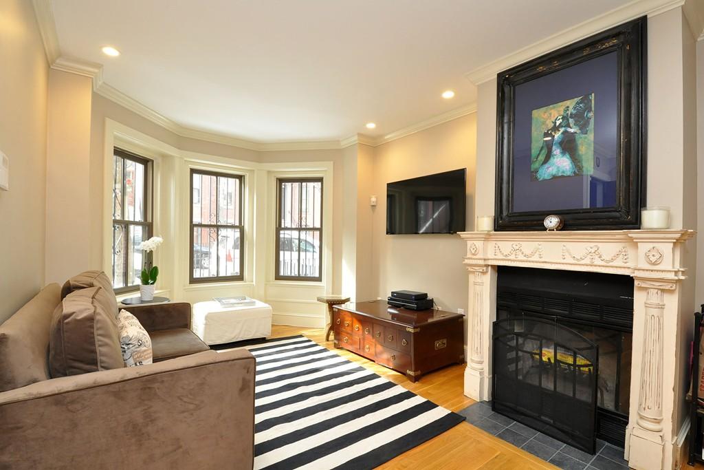$825,000 - 2Br/2Ba -  for Sale in Boston
