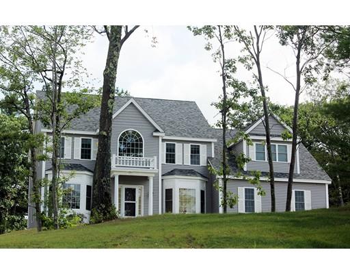 Single Family Home for Sale at 69 Minuteman Circle 69 Minuteman Circle Holliston, Massachusetts 01746 United States