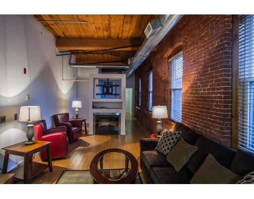 Πολυκατοικία ατομικής ιδιοκτησίας για την Πώληση στο 1511 Main Street 1511 Main Street Worcester, Massachusetts 01603 United States