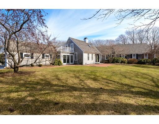独户住宅 为 销售 在 20 Longhill Drive Sandwich, 02537 美国