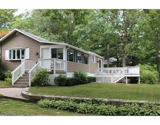 Single Family Home for Sale at 15 Bayview Road Marion, 02738 United States