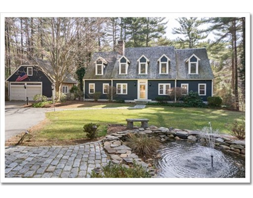 独户住宅 为 销售 在 900 Main Street 900 Main Street Norwell, 马萨诸塞州 02061 美国