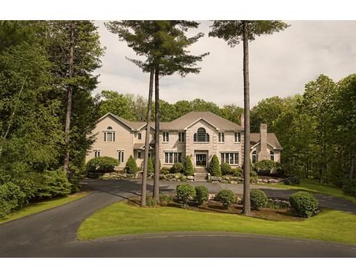 独户住宅 为 销售 在 89 Dunmore Court 雷诺克斯, 马萨诸塞州 01240 美国