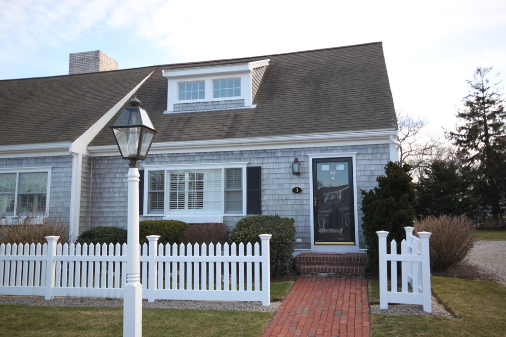 $474,900 - 3Br/2Ba -  for Sale in Falmouth