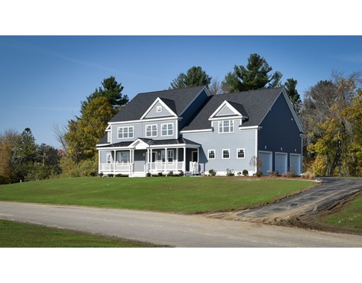 Maison unifamiliale pour l Vente à 39 Summit Pointe Drive Holliston, Massachusetts 01746 États-Unis