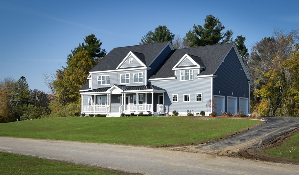 $879,900 - 4Br/4Ba -  for Sale in Holliston