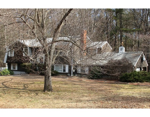 独户住宅 为 销售 在 21 Lawndale Road 21 Lawndale Road Mansfield, 马萨诸塞州 02048 美国