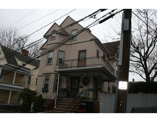 Additional photo for property listing at 102 Sycamore St #2 102 Sycamore St #2 Somerville, Massachusetts 02145 Estados Unidos