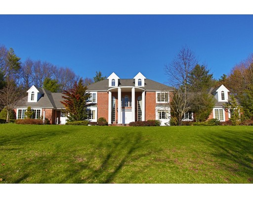 Single Family Home for Sale at 413 Far Reach Road Westwood, Massachusetts 02090 United States