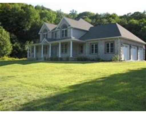Single Family Home for Sale at 540 Westfield Road Russell, Massachusetts 01071 United States