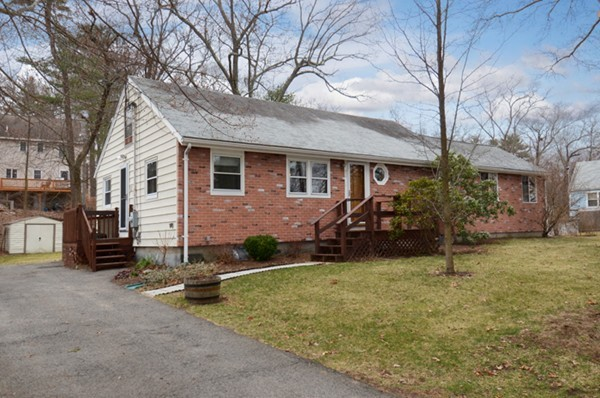 Property for sale at 92 Lakeshore Drive, Georgetown,  MA 01833