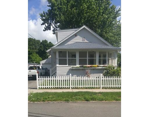 独户住宅 为 销售 在 96 Embury Street Springfield, 马萨诸塞州 01109 美国