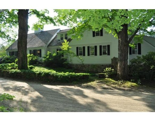 Single Family Home for Sale at 19 Flagg Road Hollis, New Hampshire 03049 United States