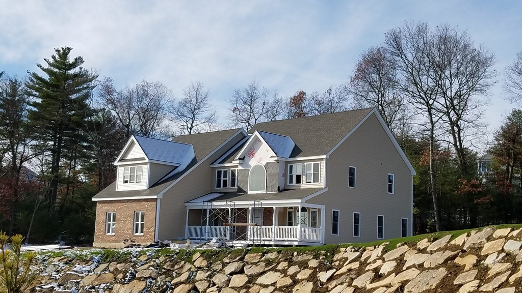 $839,990 - 4Br/4Ba -  for Sale in Carrriage House/ Highlands At Holliston, Holliston