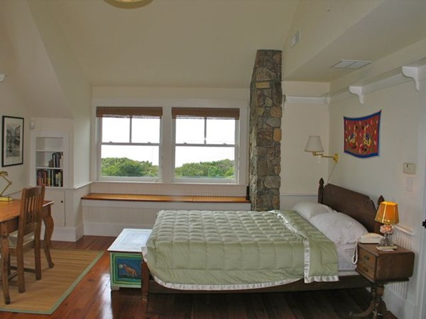 Photo #6 of Listing 94 Menemsha Inn Rd,CH210