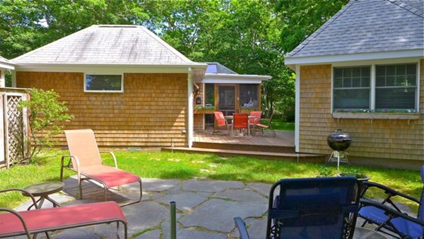 Photo #10 of Listing 1 Swan\'s Way, CH213