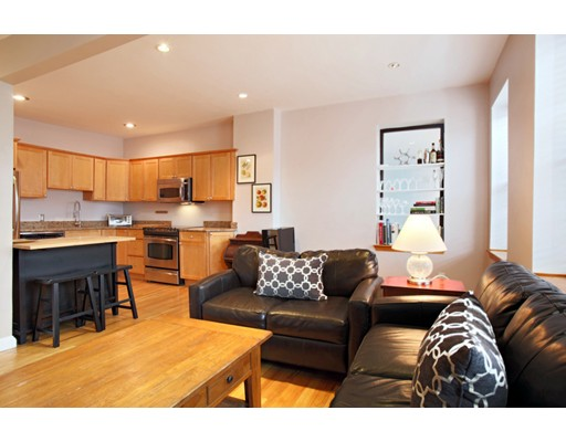 Additional photo for property listing at 469 Shawmut Avenue 469 Shawmut Avenue Boston, Массачусетс 02118 Соединенные Штаты