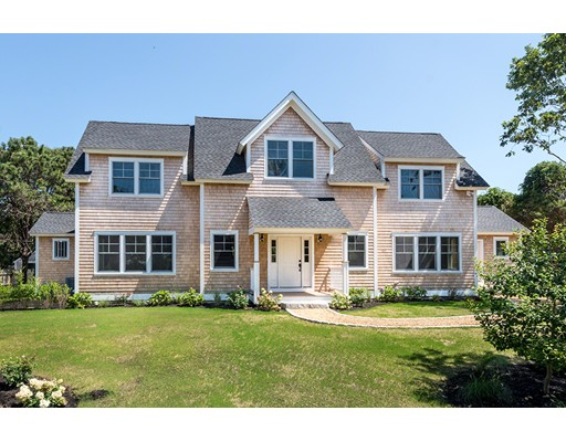 Single Family Home for Sale at 23 Kitts Field Circle Edgartown, Massachusetts 02539 United States