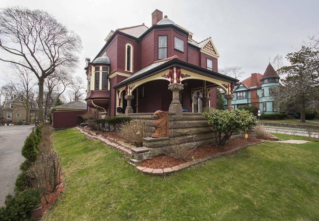 $899,000 - 4Br/2Ba -  for Sale in Boston