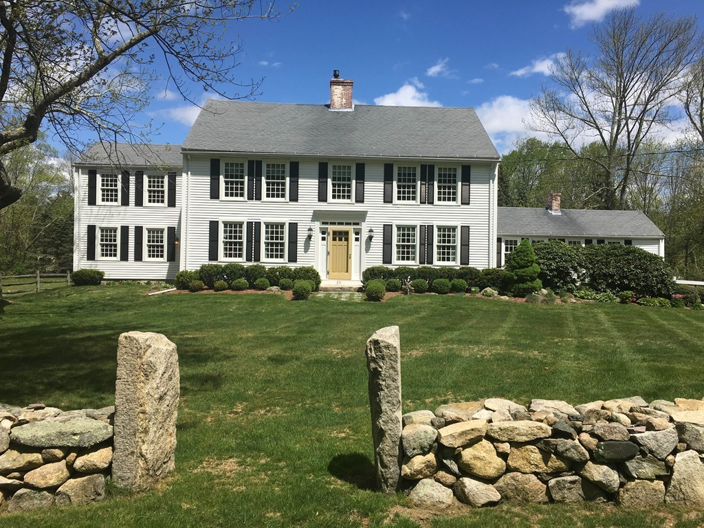 $799,900 - 5Br/3Ba -  for Sale in Brentwood, Holliston