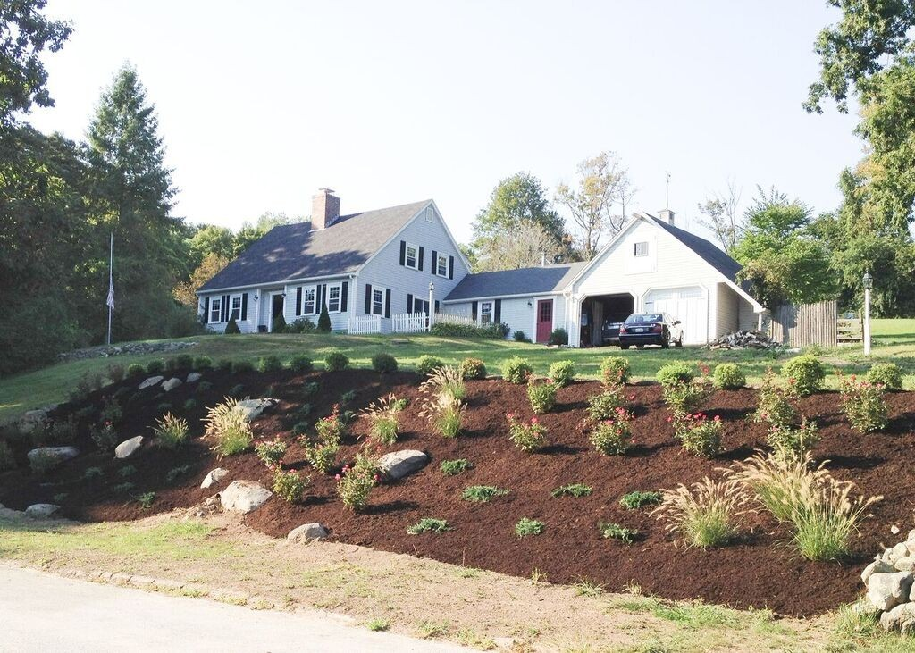 Property for sale at 19 Sleepy Hollow Road, Topsfield,  MA 01983