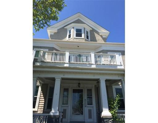 Additional photo for property listing at 1744 Columbia Road 1744 Columbia Road Boston, Massachusetts 02127 États-Unis