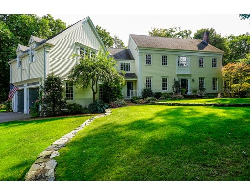 Casa Unifamiliar por un Venta en 8 Cushing Road 8 Cushing Road Wellesley, Massachusetts 02481 Estados Unidos