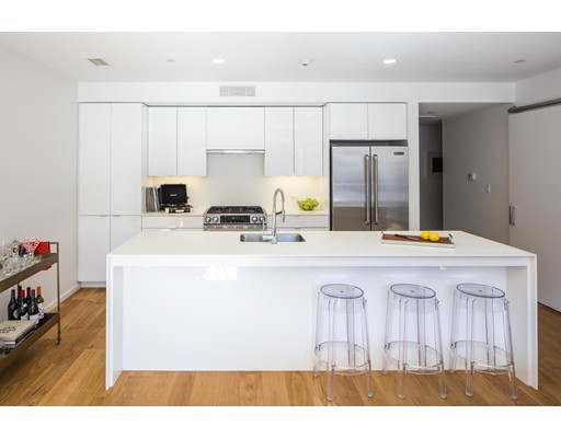 Apartamento por un Alquiler en 26 West Broadway 26 West Broadway Boston, Massachusetts 02127 Estados Unidos