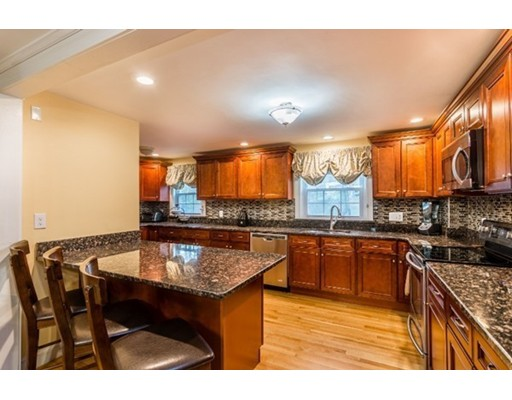 35 barry st quincy ma colonial for sale 629 000 for Perfect kitchens quincy