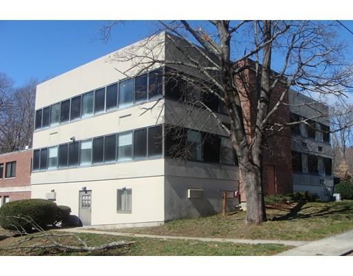 Commercial للـ Sale في 18 Granite Street 18 Granite Street Northbridge, Massachusetts 01588 United States