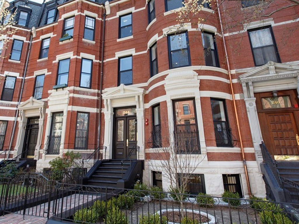 $5,795,000 - 3Br/5Ba -  for Sale in Boston