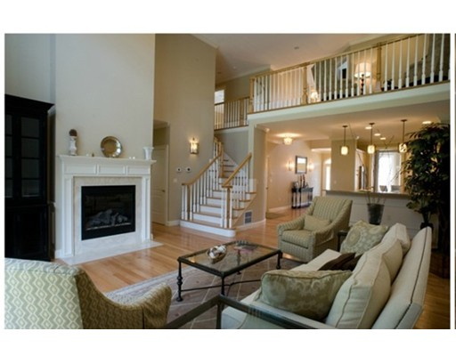Condominio por un Venta en 527 Salem Street Lynnfield, Massachusetts 01940 Estados Unidos