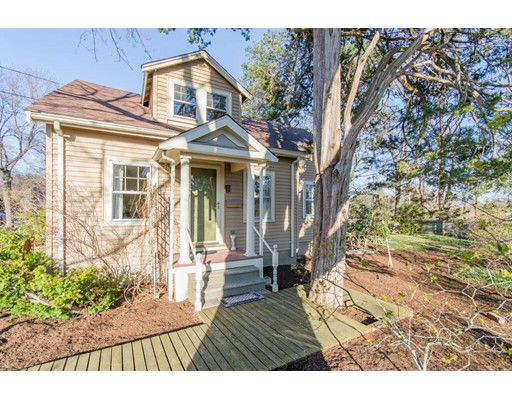 17 Parkland Road Needham MA