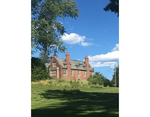 Maison unifamiliale pour l Vente à 300 Bridge Street Hamilton, Massachusetts 01982 États-Unis