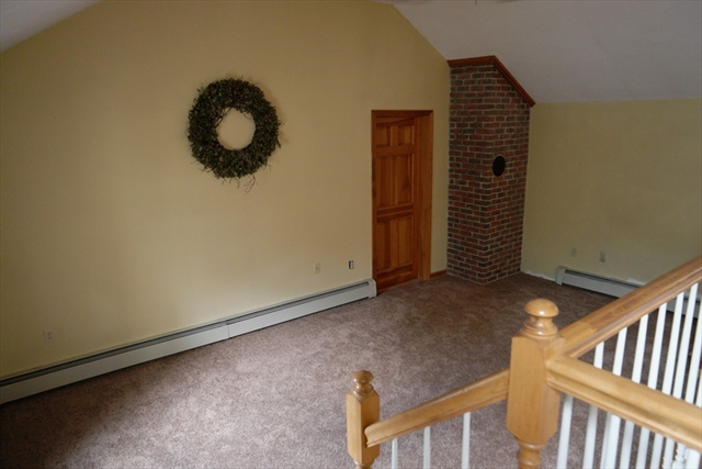 Photo #23 of Listing 942 Main