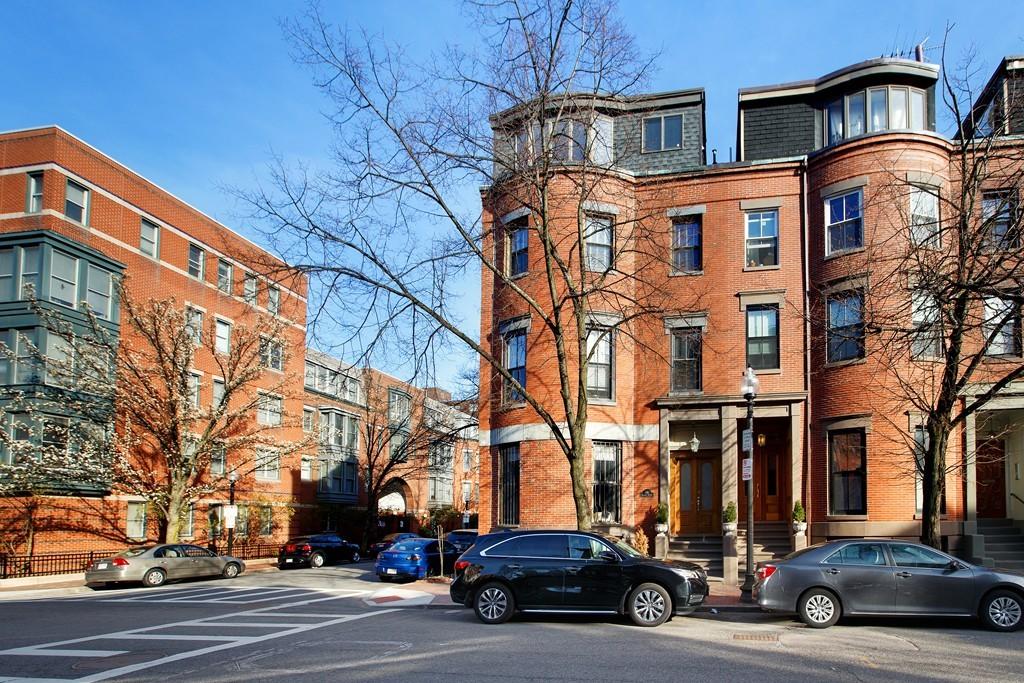 $1,050,000 - 2Br/2Ba -  for Sale in Boston