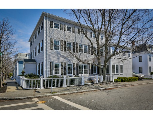 39 Bromfield Street Newburyport MA 01950