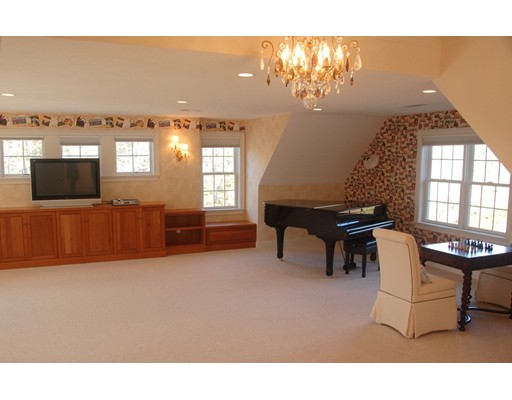 87 Seapuit Rd, Barnstable, MA, 02655