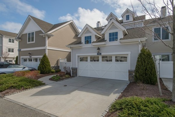$975,000 - 2Br/3Ba -  for Sale in Hingham